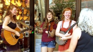 Locust Honey (Sarah Jamison on guitar, Chloe Edmonstone on fiddle and Ariel Dixon on banjo)